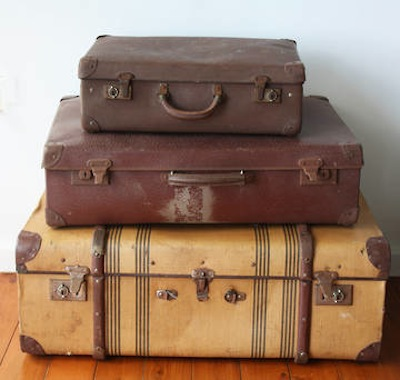 Vintage Suitcases & Books | Cloud Nine Weddings